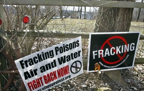 the fracking controversy Dr anthony ingraffea's talk from march 25 at st bonaventure university titled the fracking controversy: myths and realities dr ingraffea, the dwight c baum professor of engineering and .